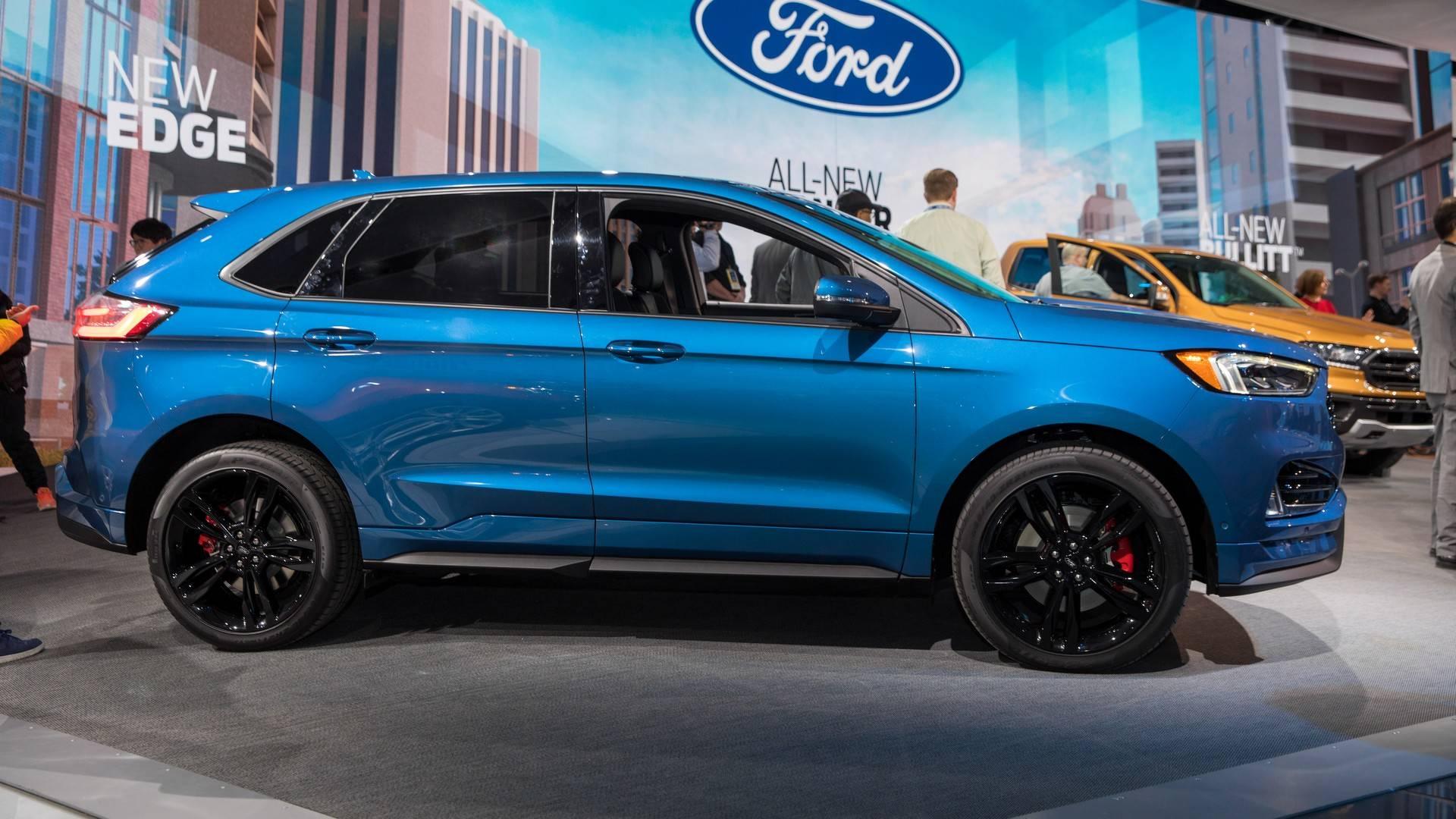 Ford оновив кросовер Edge Автомобільний інтернет журнал