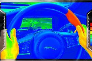 В Jaguar Land Rover придумали сенсорне кермо
