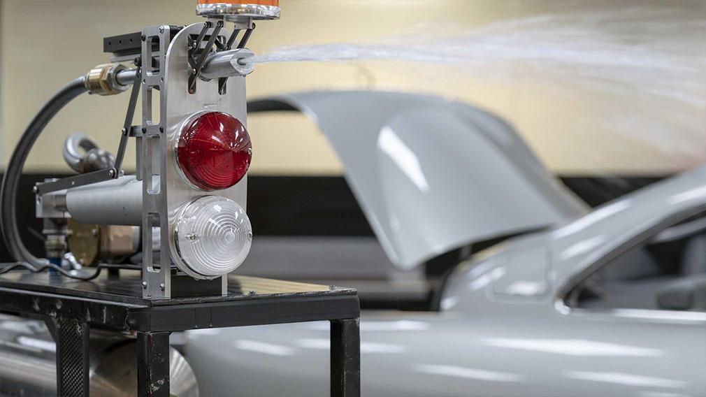 Aston Martin розпочав випуск «бондівського» DB5