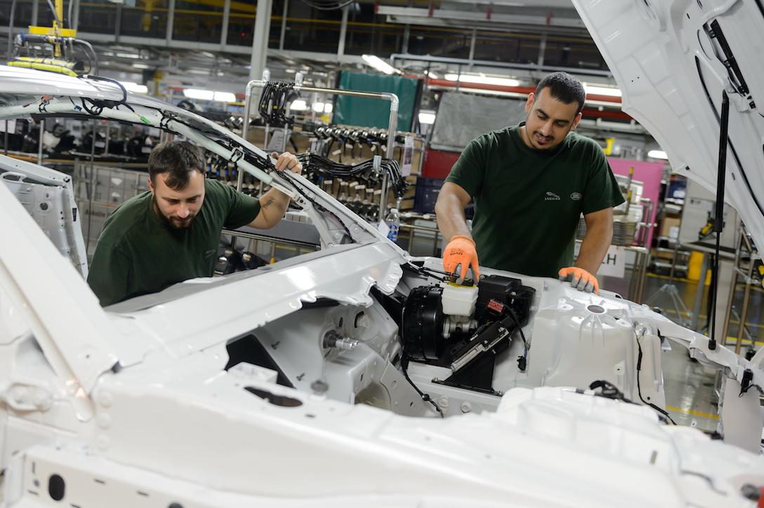 Jaguar Land Rover буде виготовляти новий модельний ряд електромобілів