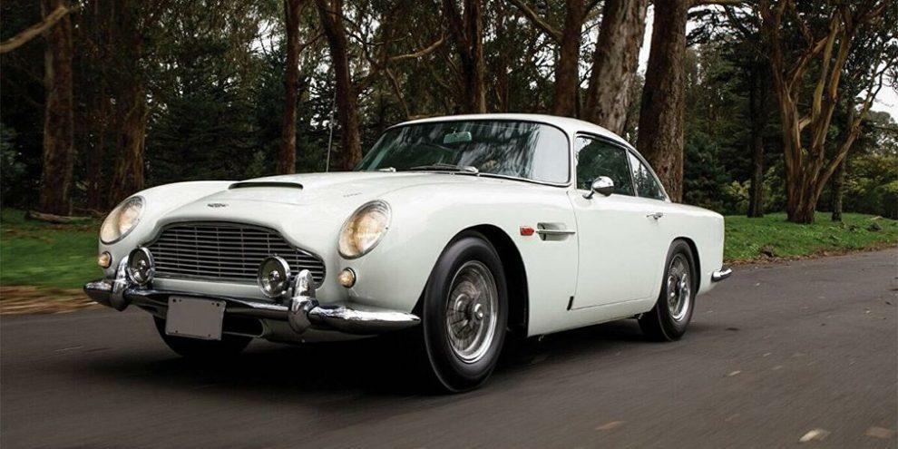 Автомобіль Джеймса Бонда продали на аукціоні