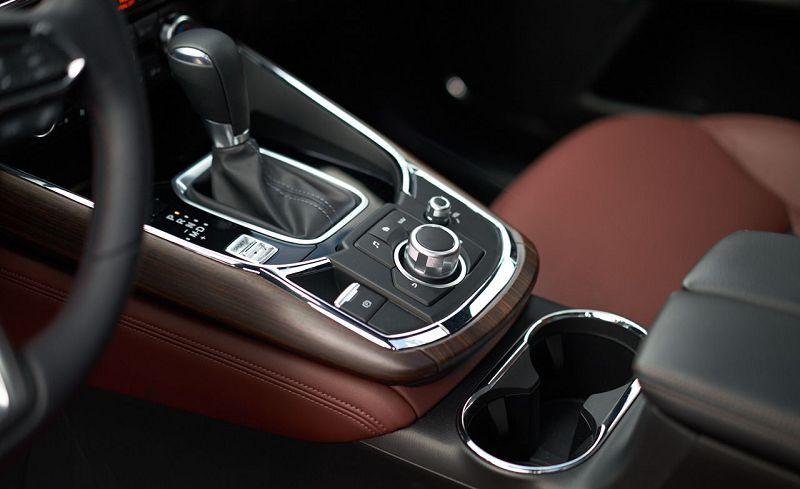 Бездоганна філософія: Преміальний кросовер Mazda СХ-9