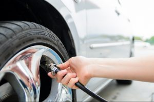 Качаем правильно: Почему необходимо контролировать давление в шинах