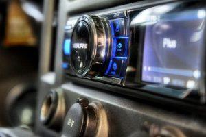 Нюансы выбора: автомобильная магнитола