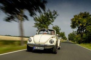 Volkswagen перетворив старий Beetle в електрокар