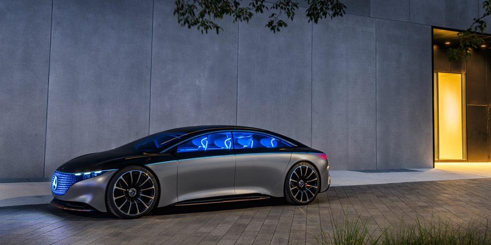 Mercedes показав розкішного конкурента Tesla Model S