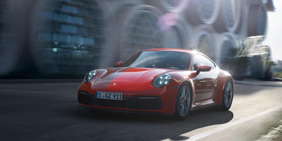 Новий Porsche 911 Carrera 4 отримав повний привід і 385-потужний мотор