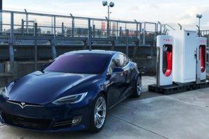 Tesla обладнала власну електрозаправку на Нюрбургринзі
