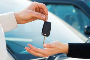 Плюси та мінуси: оренда автомобіля в Україні
