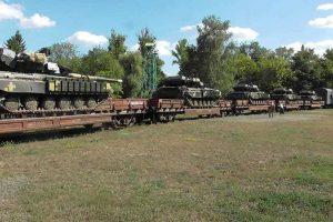 """""""Танкова"""" революція: ЗСУ отримали інноваційні танки (відео)"""