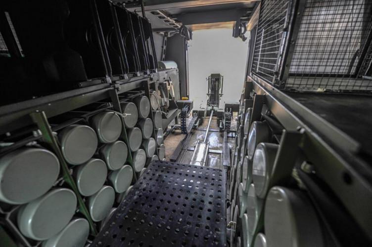 Смертельна зброя: Що за самохідний міномет з'явився на озброєнні ЗСУ