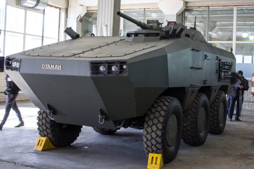 """Інновація для ЗСУ: На виставці """"Зброя та безпека"""" дебютує новий український БТР Отаман-3"""