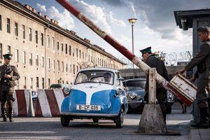 Відео: BMW зняла короткометражку про втечу зі Східного Берліна