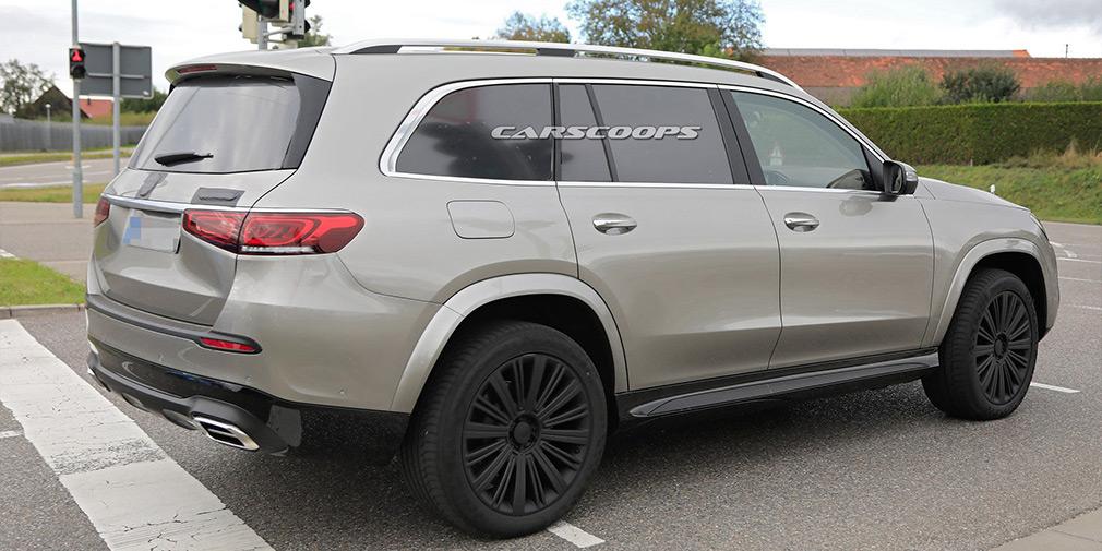 Дизайн серійного кросовера Mercedes-Maybach розсекретили до прем'єри