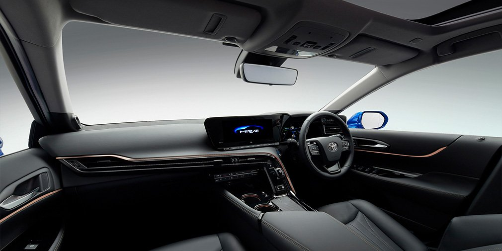 Toyota представила новий водневий седан