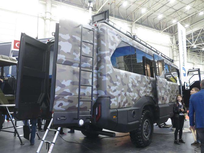 На виставці «Зброя та безпека 2019» представлено унікальний військовий автобус
