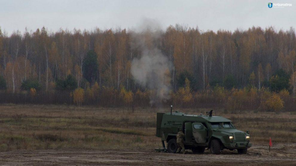 В Україні випробували новий бронеавтомобіль для ЗСУ (відео)