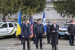 США передали українській поліції 88 нових авто: кому їх віддадуть