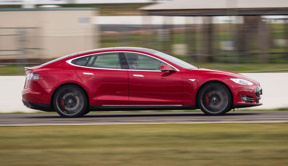 Німець проїхав понад 1 млн кілометрів на Tesla Model S за 5 років