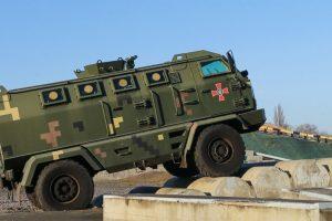 На випробувальному полігоні «АвтоКрАЗу» завершився перший етап демонстраційного показу автомобільної техніки для Збройних Сил України.