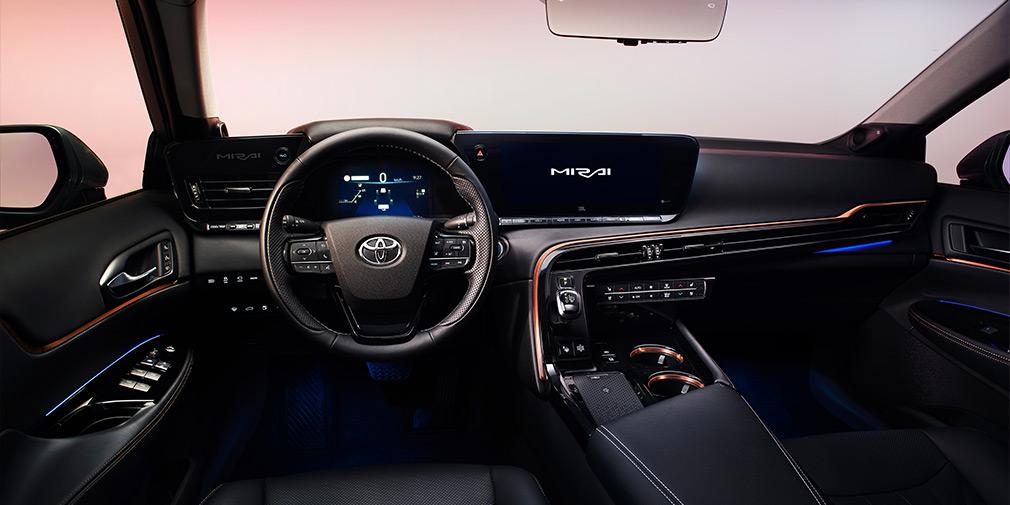 Toyota розсекретила новий водневий седан