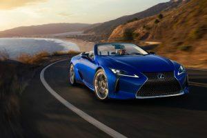 Перший кабріолет Lexus LC продали за 2 млн доларів