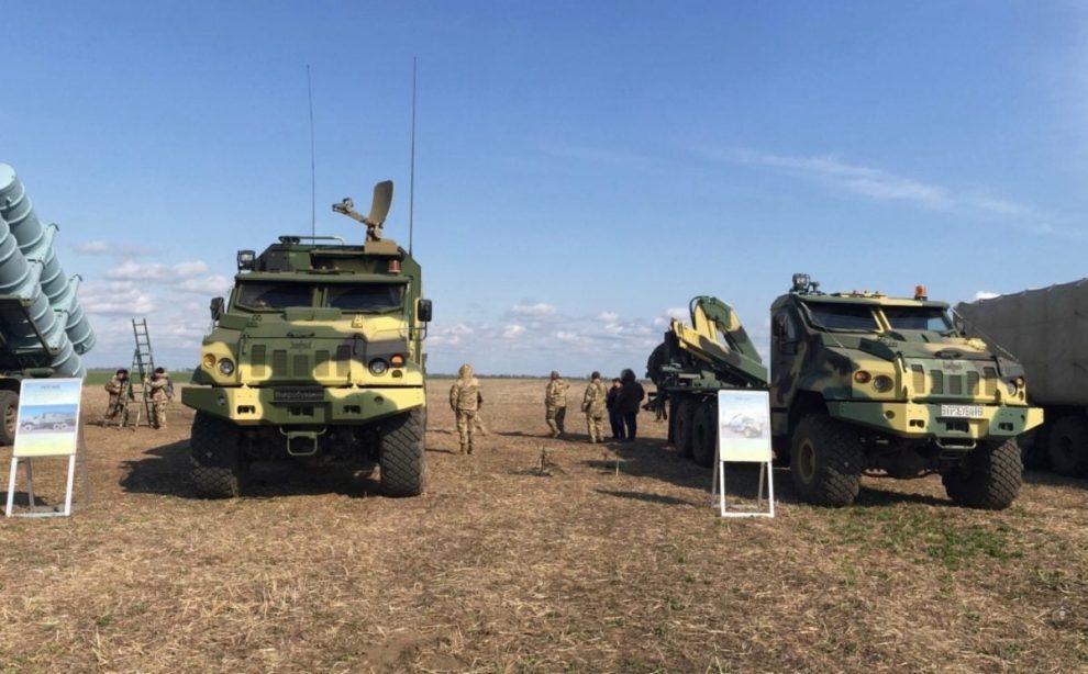 «АвтоКрАЗ» та « Українська бронетехніка» в наступному році представлять новий броньований автомобіль «Камрат» (відео)