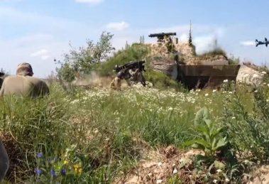 Грізна зброя: Бійці ЗСУ показали, як Javelin знищує російську техніку (Відео)