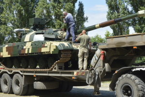 ЗСУ отримали партію нових бойових танків