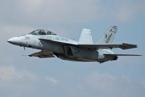Заміна МіГ-29 для ЗСУ: Америка може продати Україні винищувачі F/A-18 від Boeing