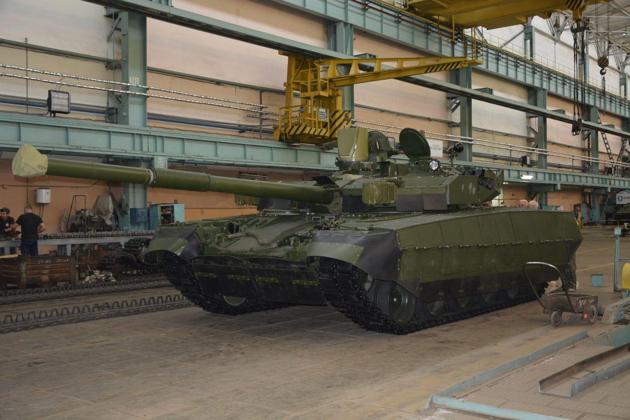 """""""Укроборонпром"""" стверджує, що ЗІМ виготовив новий БМ """"Оплот"""" й незабаром його продемонструє (фото)"""